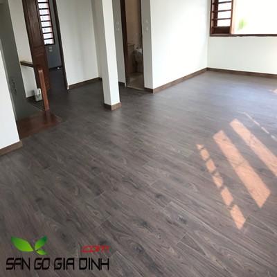Sàn gỗ Kronoswiss Chrome D3216