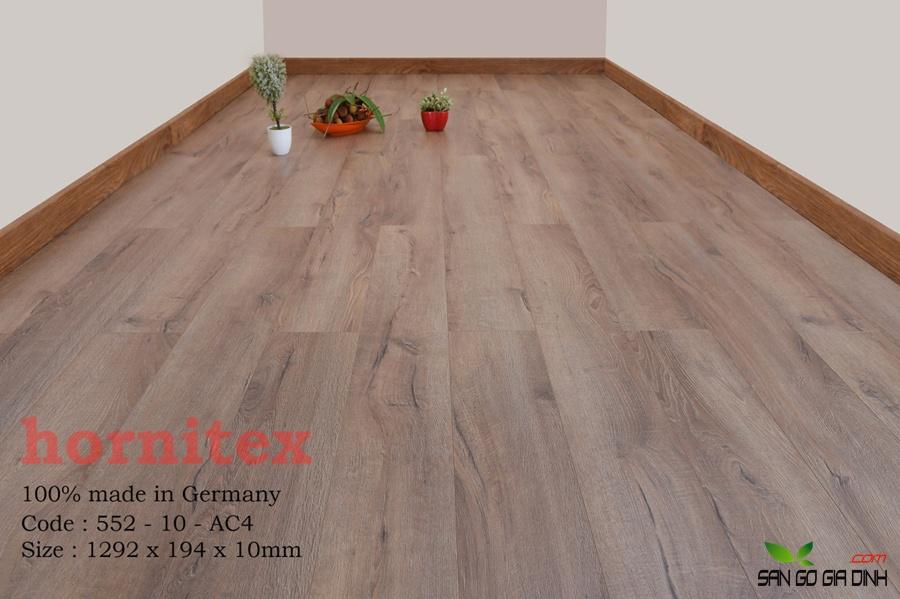Sàn gỗ Hornitex 10mm mã 552 2