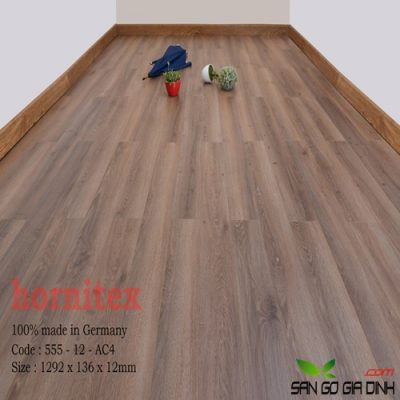Sàn gỗ Hornitex 12mm mã 555