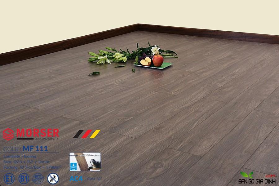 Sàn gỗ Morser cốt trắng 12mm MF111 2
