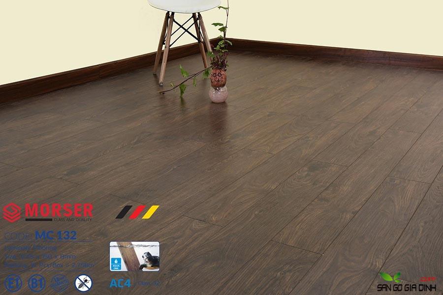 Sàn gỗ Morser cốt xanh 8mm MC132 3