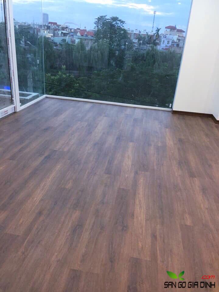 Sàn gỗ Robina O120-2