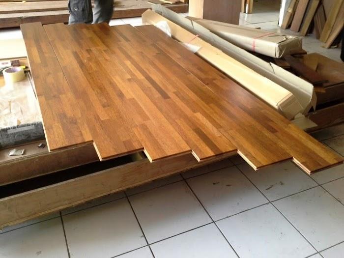 Thi công sàn gỗ Căm Xe